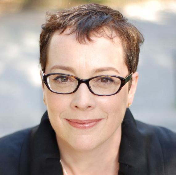JULIA ANGWIN ('99)