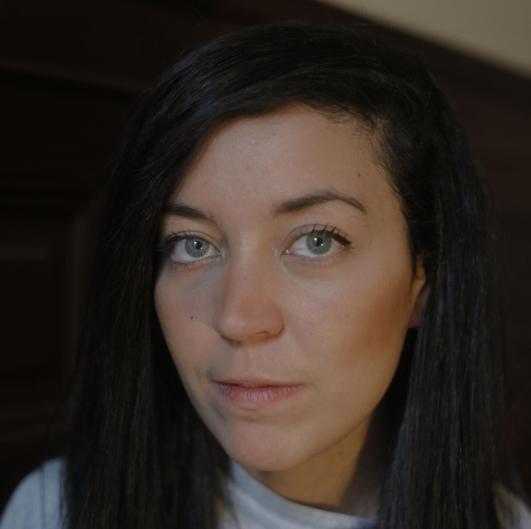 headshot of Lizzie Mulvey