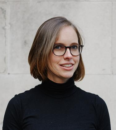 Josie Cox headshot